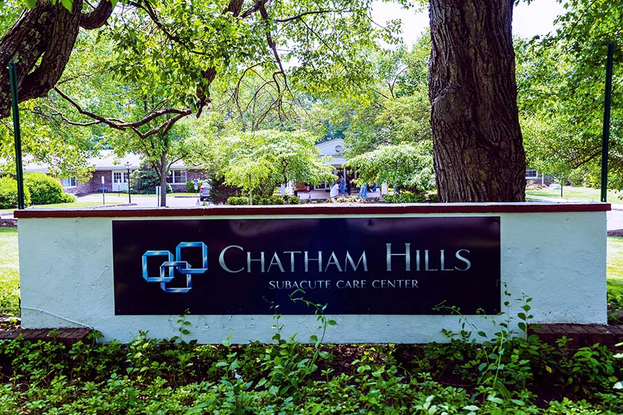 chatham-hills-subacute-rehabilitation-nursing-exterior05